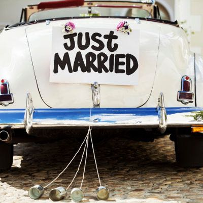 Just married arrangement